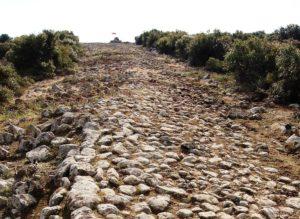 Σωζόμενο τμήμα της αρχαίας Εγνατίας Οδού