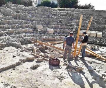 Αρχαίο-θέατρο-Ιεράπετρας-α-696x576