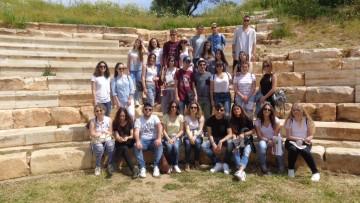 Μαθητές του 2ου ΓΕΛ Αγ. Νικολάου Κρήτης υιοθετούν το θέατρο της Απτέρας