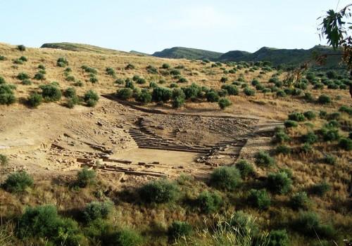 Αρχαίο θέατρο Καλυδώνας