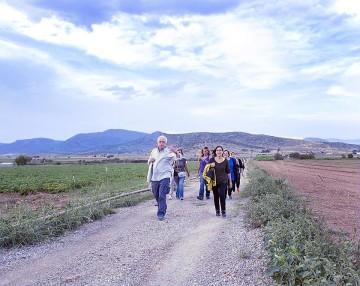 Πορεία προς τον αρχαιολογικό χώρο.