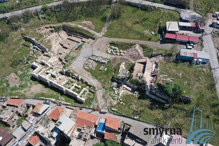 Les fouilles du théâtre antique de Smyrne/Izmir ©Archives des fouilles de Smyrne antique