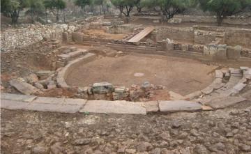 Άποψη του αρχαίου θεάτρου της Απτέρας (2008)