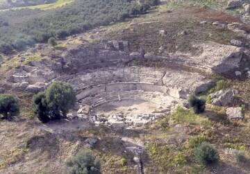 Αεροφωτογραφία του Αρχαίου Θεάτρου της Γόρτυνας
