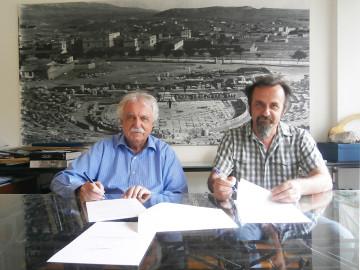O σκηνοθέτης, κ. Βαγγέλη Ευθυμίου, με τον πρόεδρο του Διαζώματος, κ. Σταύρο Μπένο