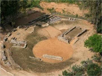 To Αμφιθέατρο του Ιερού της Ορθίας Αρτέμιδας