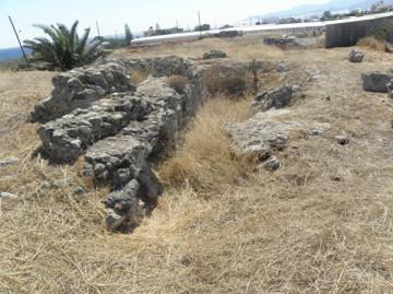 Η παλιά ανασκαφή που είχε πραγματοποιηθεί από τον Κ. Δαβάρα, όπου εντοπίστηκαν ίχνη ρωμαϊκών κτισμάτων (2013).