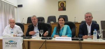 Στη φωτογραφία, ο κ. Μπένος, ο κ. Καχριμάνης, η κ. Κονιόρδου και ο αντιπεριφερειάρχης Στράτος Ιωάννου, που διαχειρίζεται την υπόθεση της πολιτιστικής διαδρομής